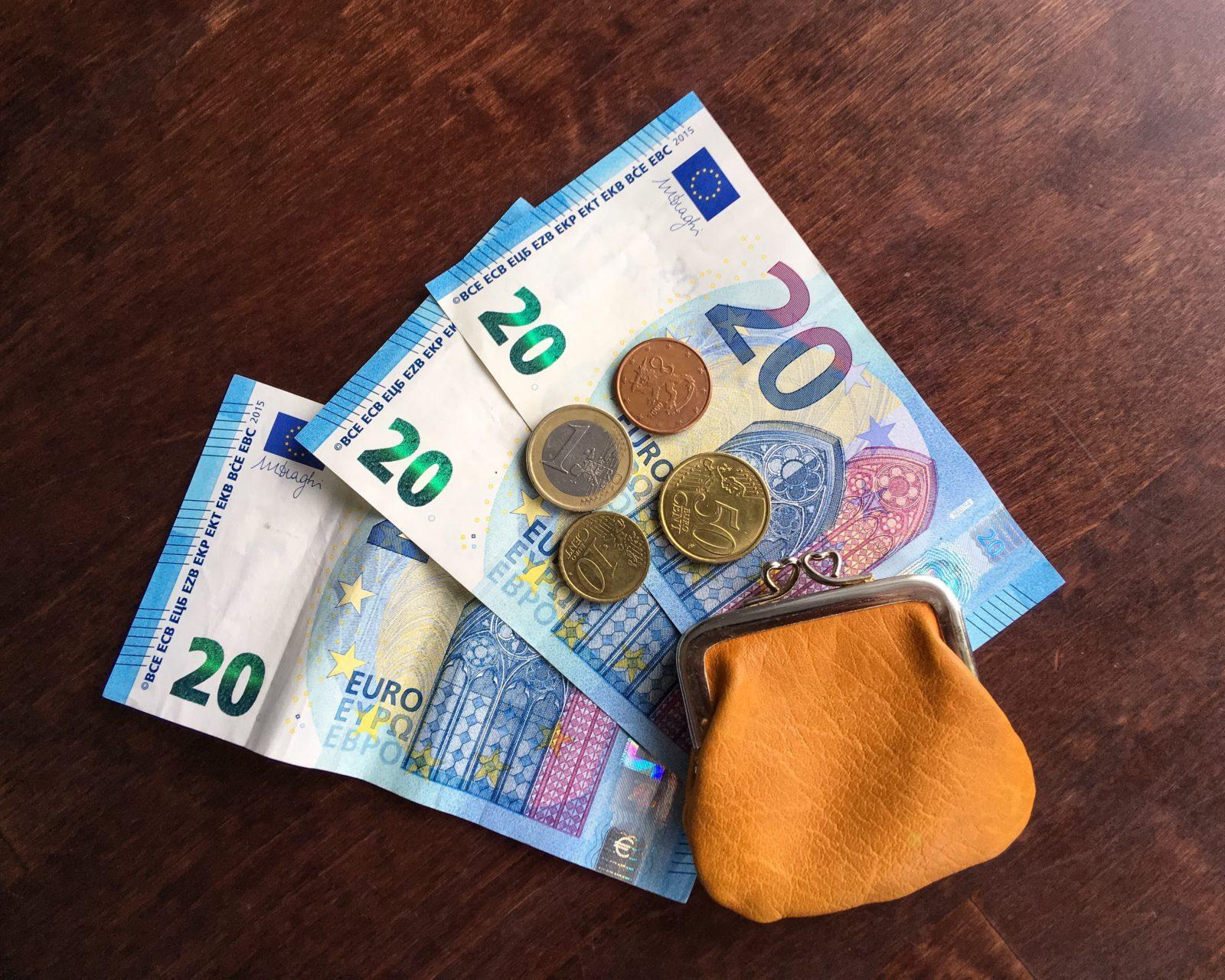 Currency Suomeksi